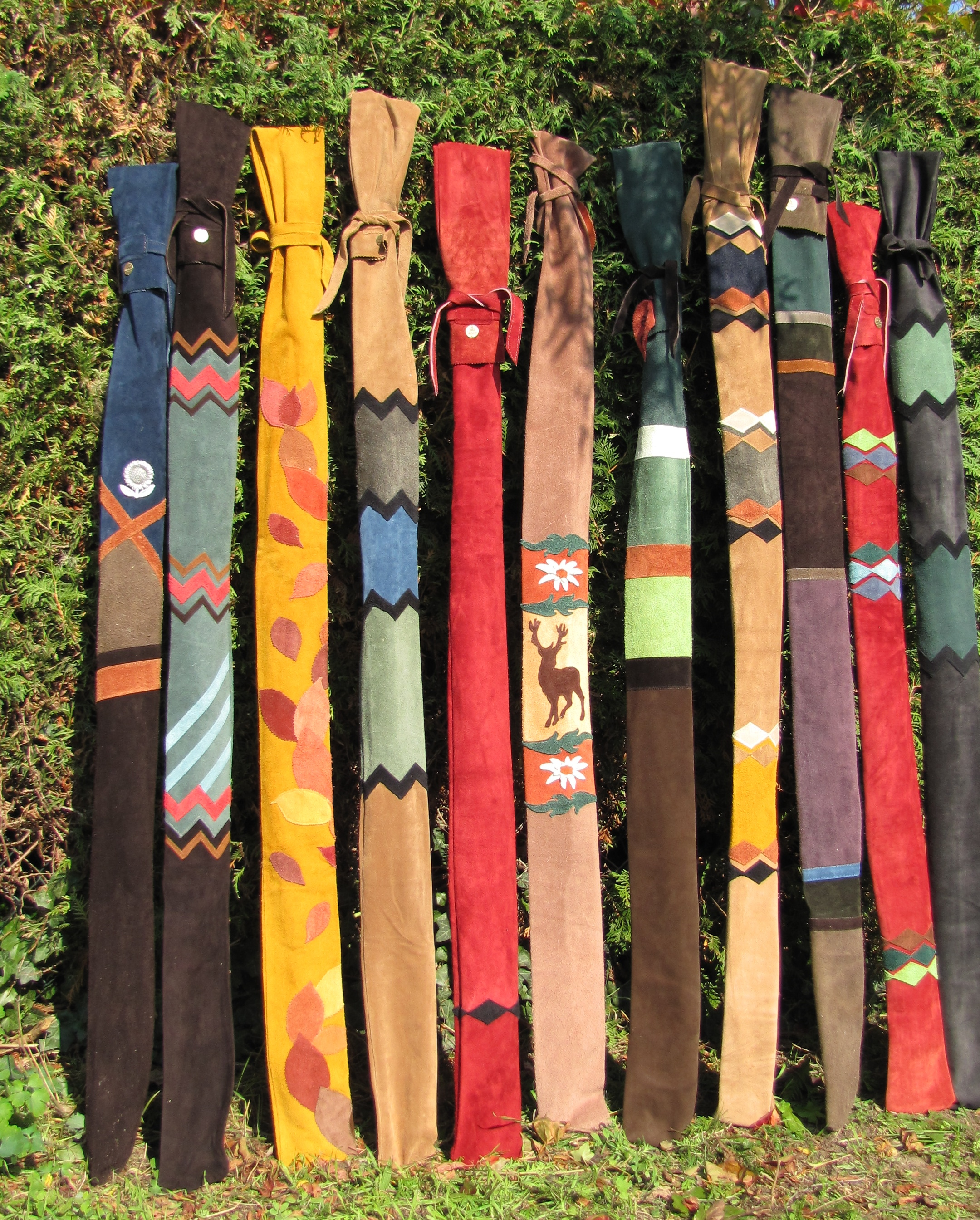 Bogentaschen von Mind-Factor aus echtem Leder
