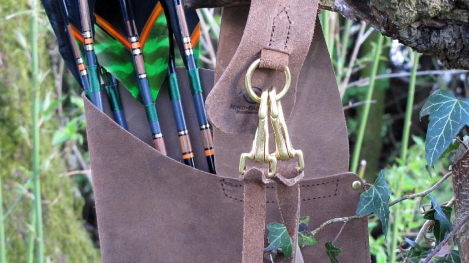 Mind-Factor Bogensport - Rückenköcher mit Tasche, nach Wahl für die rechte oder linke Schulter