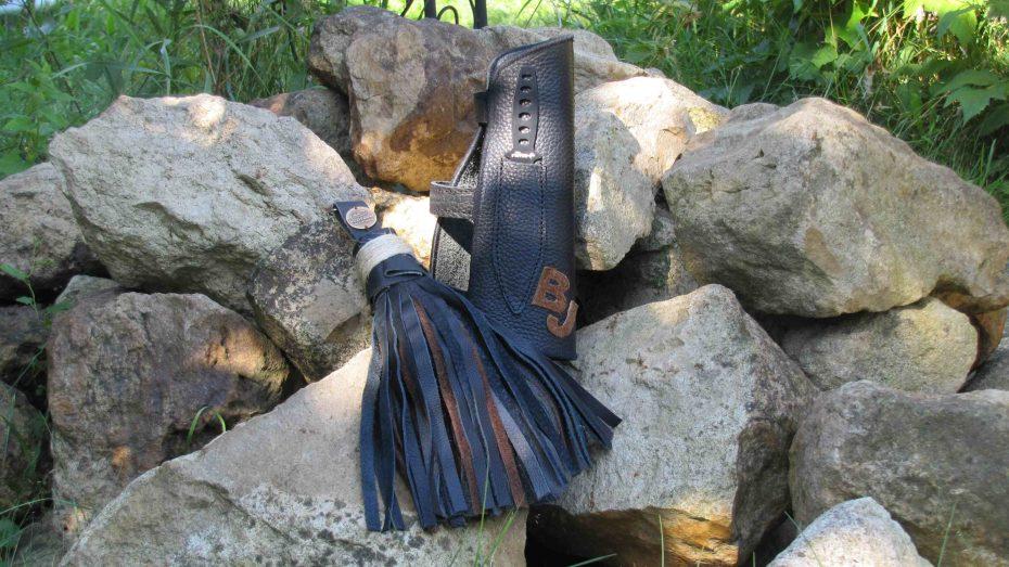 Mind-Factor Bogensport – Armschutz mit Messer und 2 Initialen + Pfeilputzer